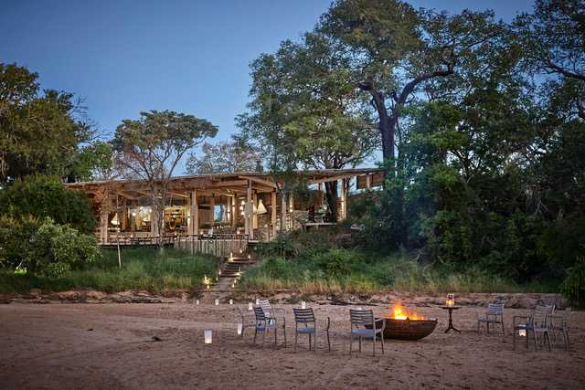 Leadwood Villa – The art of family travel at Saseka Tented Camp