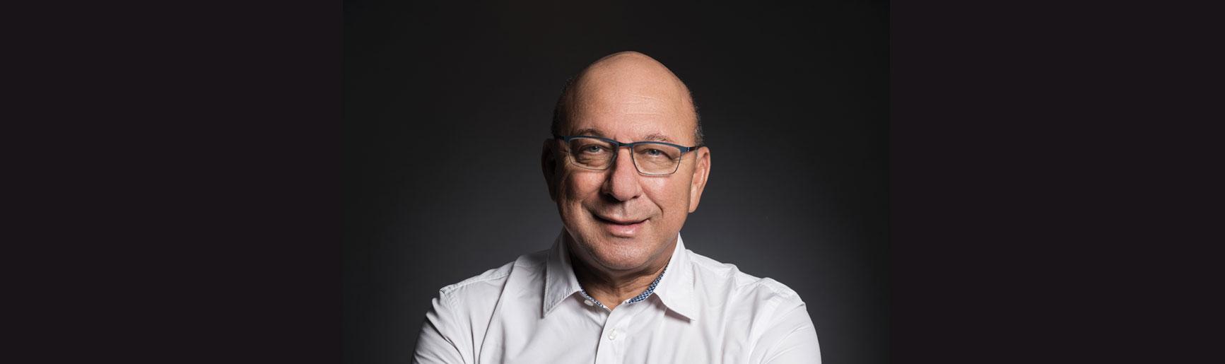Trevor Manuel opening doors for investors